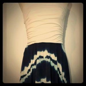 Vanity Strapless Dress size small, blue/white knee